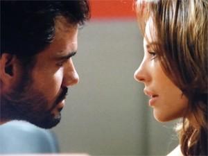 Paloma diz que precisa conversar com Ninho (Foto: Amor à Vida / TV Globo)