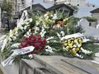 Amigos e familiares dão adeus a Marília Pêra em enterro no Rio