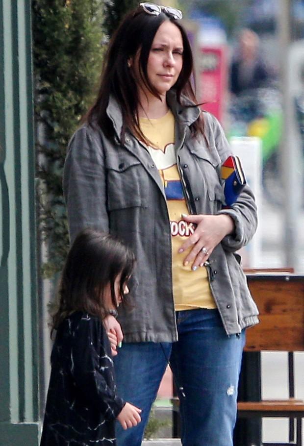 Jennifer Love Hewitt e a filha, Autumn (Foto: AKM-GSI)