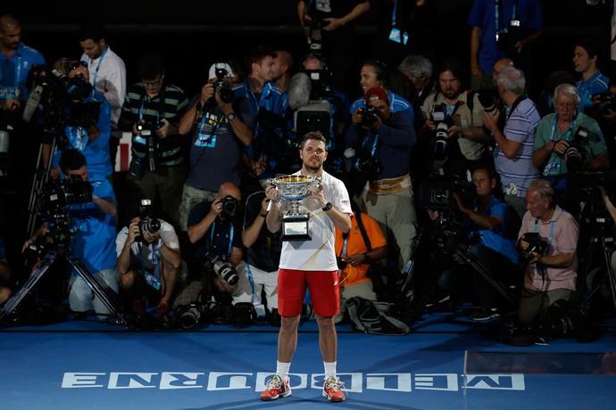 Tenis - Australian Open - Wawrinka Trofeu (Foto: AP)