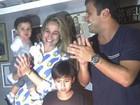 Fernanda Gentil celebra 'mesversário' do filho ao lado do ex-marido, Matheus