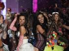 Angels desfilam de lingerie em Nova York, nos Estados Unidos