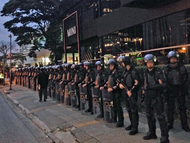 PM Eusébio Matoso MPL manifestação (Foto: Marcelo Mora/G1)