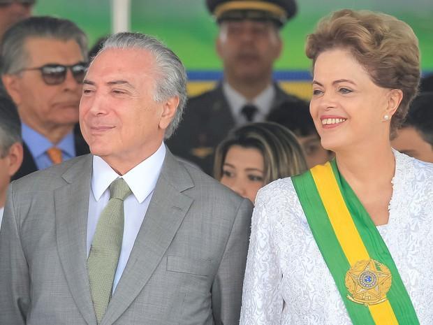 A presidente Dilma Rousseff e o vice, Michel Temer, durante o Desfile de 7 de Setembro, na Esplanada dos Ministérios (Foto: Ichiro Guerra/PR)