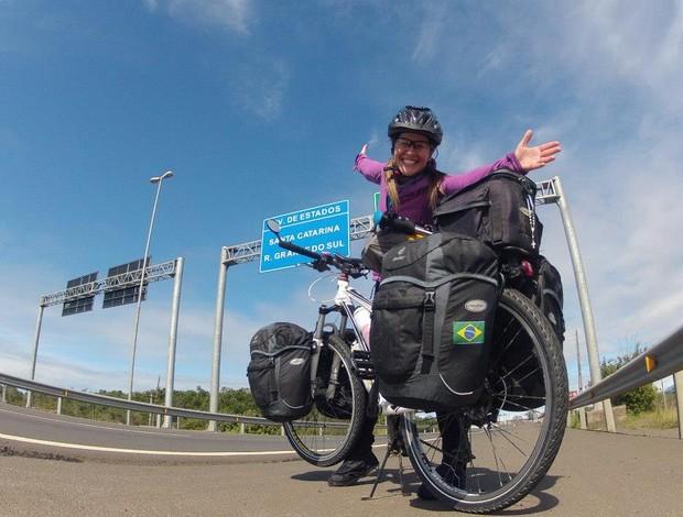 Carol Emboava ciclismo Rio Grande do Sul (Foto: Divulgação/ Giramérica)