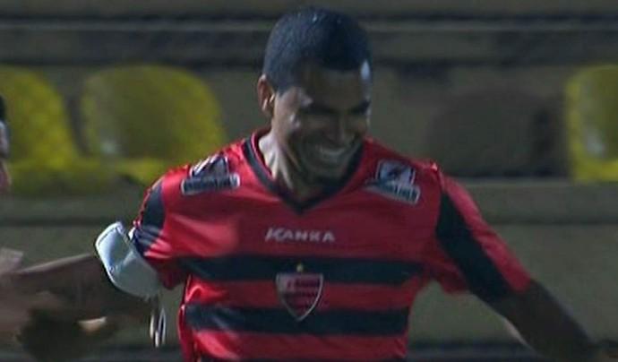 Mazinho - Oeste x Sampaio (Foto: Reprodução / Premiere FC)