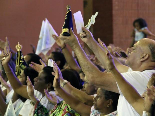 Missa Santuário Nacional de Aparecida (Foto: Carlos Santos/G1)