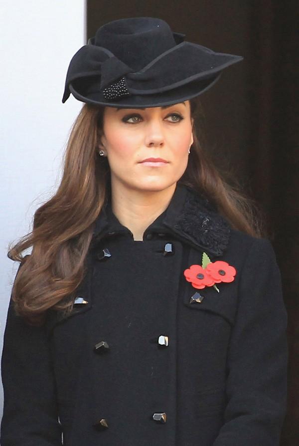 Kate Middleton usou preto em um evento póstumo (Foto: Getty Images)