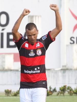 Warley, atacante do Campinense (Foto: Leonardo Silva / Jornal da Paraíba)