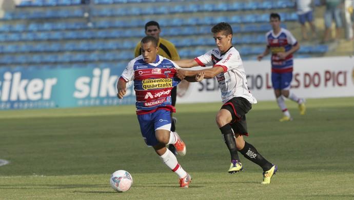 Fortaleza vence guarany de virada e se classifica para as semifinais (Foto: Bruno Gomes/ Agência Diário)