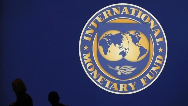 Logo do Fundo Monetário Internacional (FMI) visto em Tóquio (Foto: REUTERS/Kim Kyung-Hoon)
