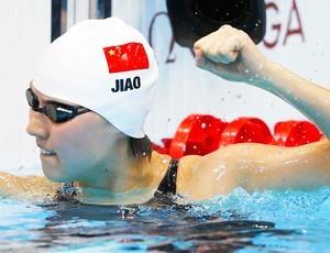 Jiao Liuyang, 22, foi ouro nos 200m borboleta nas Olimpíadas de Londres e foi indicada para ocupar uma cadeira no congresso chinês (Foto: Reuters)