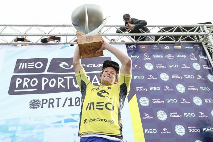 John John Florence  campeo da etapa de Portugal e garante o ttulo do Circuito Mundial de Surfe em 2-16 (Foto: Divulgao/WSL)