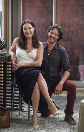 Carolina Ferraz e Nando Rodrigues em Haja Coração (Foto: Globo/Estevam Avellar)