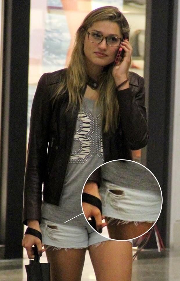 Sasha em shopping no RJ (Foto: Marcus Pavão - AgNews)