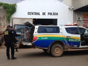 Preso suspeito de quatro estupros em Porto Velho, RO (Foto: Mary Porfiro/G1)