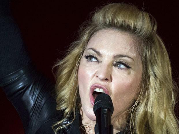 Pop star americana segue em turnê internacional pela Europa (Foto: Reuters)
