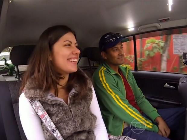 Luciano Huck conhece conterrânea do seu avô, a ucraniana Anastasia, no Vou de Táxi (Foto: Caldeirão do Huck/ TV Globo)
