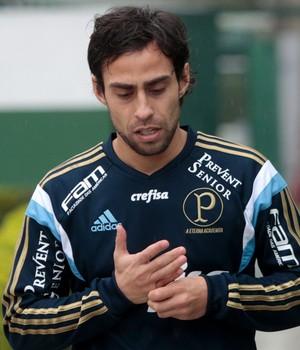 Valdivia Palmeiras treino (Foto: Leonardo Benassato/Estadão Conteúdo)