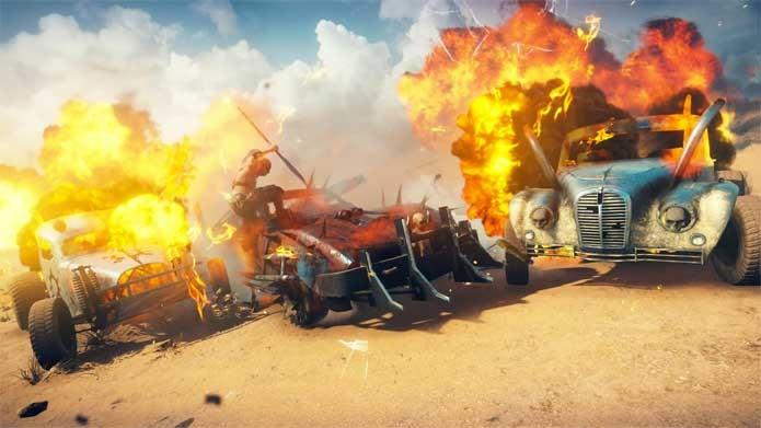 Comboios em Mad Max são iguais aos do filme novo (Foto: Divulgação/Warner)