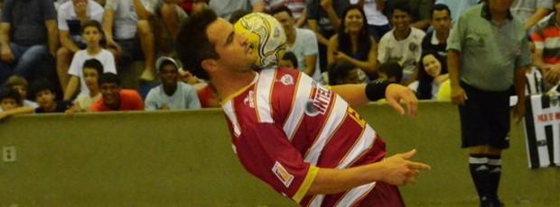 Falcão demonstra o 'pouco' que sabe sobre futebol (Foto: Divulgação / Orlândia)
