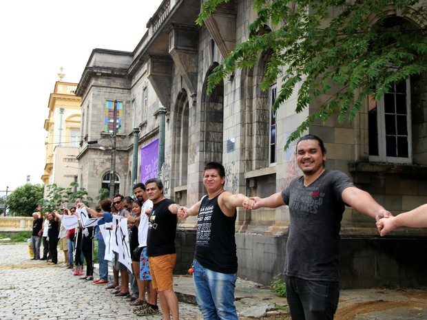 Participantes pediram reabertura da Santa Casa (Foto: Rickardo Marques/G1 AM)