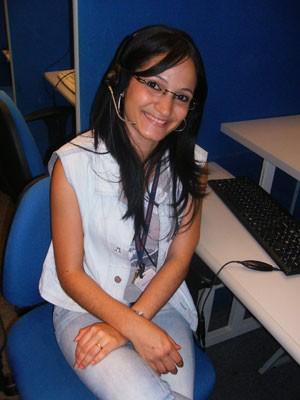 Coralina trabalha como teleoperadora em Caruaru (PE) há quatros anos e meio (Foto: Divulgação/Provider)
