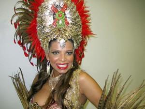 Rosimeire Rocha, rainha de bateria da X-9 Paulistana (Foto: Marcelo Mora/G1)