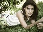 Paloma Bernardi mostra lado 'mulherzinha' por trás de sensualidade