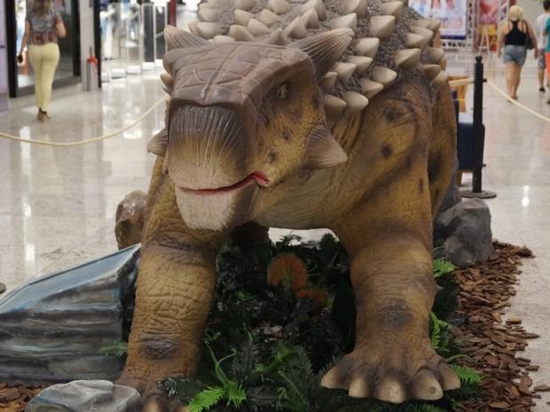 Exposição Mundo dos Dinossauros começa neste sábado (17) (Foto: Divulgação/ Várzea Grande Shopping)