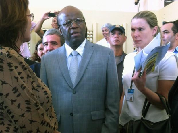Ministro Joaquim Barbosa chegou à Alcaçuz para visitar Pavilhão 2 da unidade (Foto: Fernanda Zauli/G1)