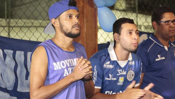 Marlio; Confiança; torcida do confiança (Foto: Osmar Rios / GloboEsporte.com)