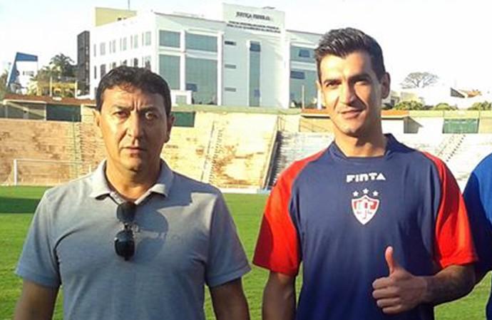 André zagueiro Uberaba Sport Marcelo Araxá gerente de futebol 2014 (Foto: Wander Sousa/ Divulgação)