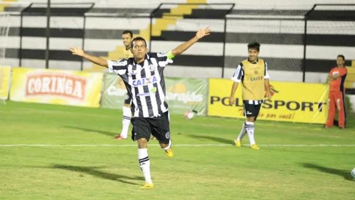 Didira comemora gol do ASA contra o Murici (Foto: Divulgação ASA)