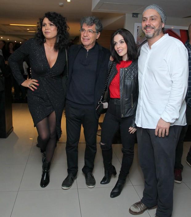 Os casais Dadá Coelho e Paulo Betti, e Alexandre Nero e Karen Brusttolin (Foto: Marcello Sá Barretto/AgNews)