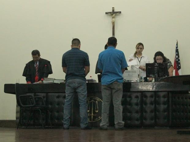 Réus foram considerados inocentes pelo juri (Foto: Mônica Dias/G1)
