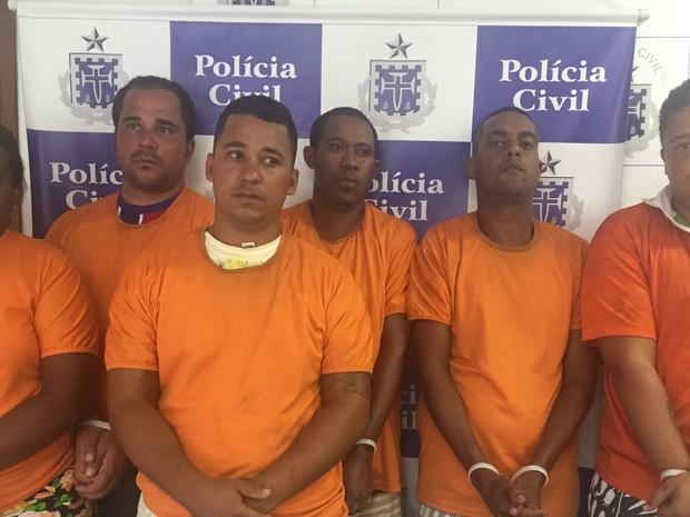 Polícia prende grupo suspeito de tráfico de drogas  (Foto: Divulgação/Polícia Civil)
