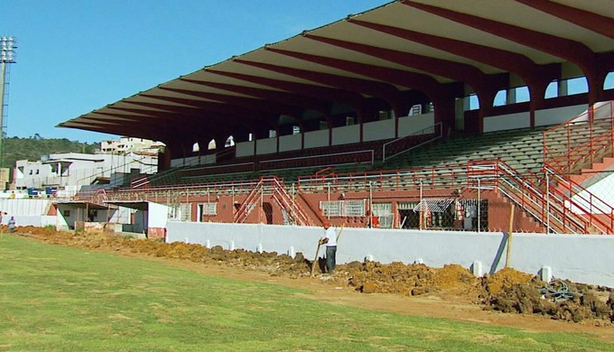 Estádio Elias Arbex passa por reforma para abrigar o Tricordiano no Campeonato Mineiro (Foto: Reprodução EPTV)