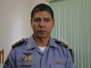 Tenente-coronel Márcio Alves nega que houve invasão à Delegacia de Flagrantes (Foto: Caio Fulgêncio/G1)