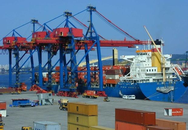 Companhia Docas do Estado de São Paulo administra o porto de Santos (Foto: Divulgação)