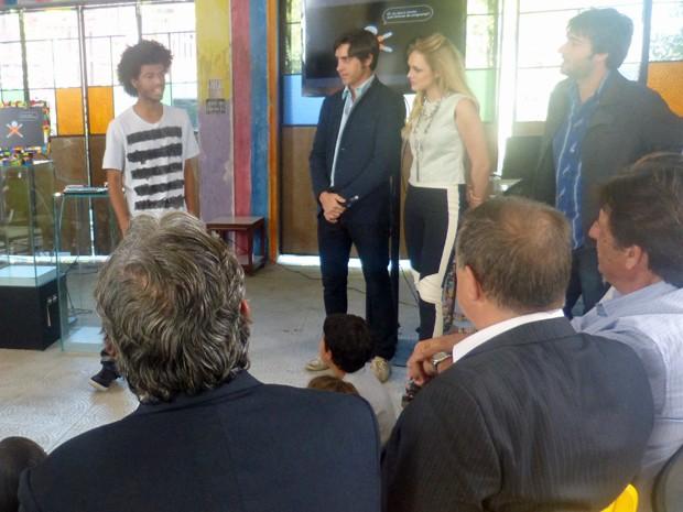 Rene Silva falando sobre a Voz da Comunidade na Plugar  (Foto: Geração Brasil/ TV Globo)