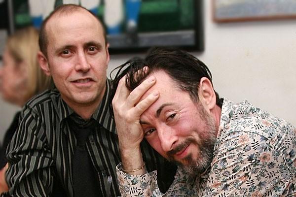 Alan Cumming e Grant Shaffer (Foto: Getty Images)