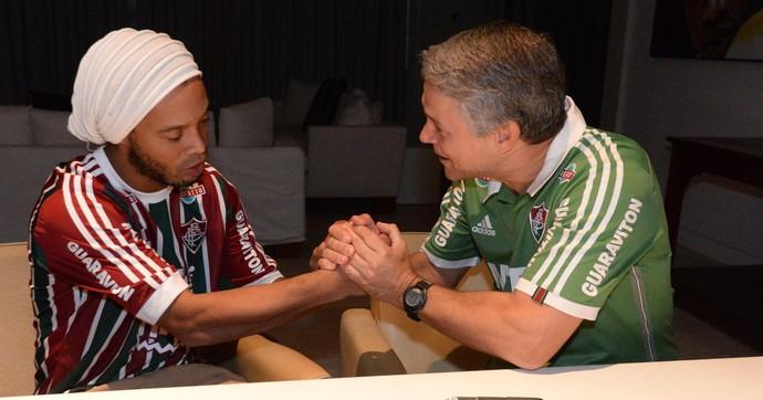Ronaldinho Peter Siemsen Fluminense (Foto: Alexandre Vidal / Agência FotoBR)