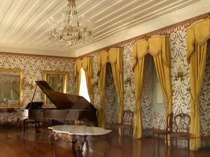 Curto-circuito afetou salão em 2012 (Foto: Reprodução/TV Rio Sul)