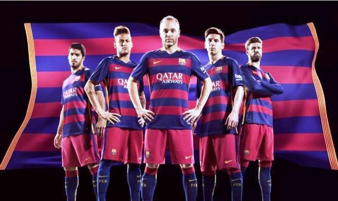 Primeiro uniforme do Barcelona 2015/2016 (Foto: Divulgação/Barcelona)