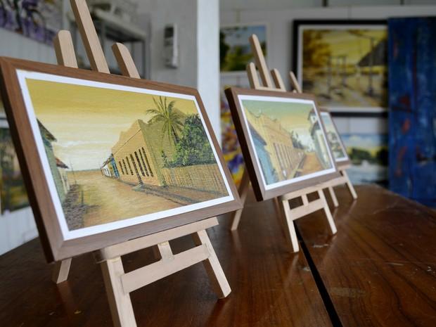 Dez telas em miniaturas serão exportadas para Austrália em março (Foto: Abinoan Santiago/G1)