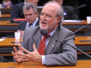 O ex-deputado Eduardo Azeredo (PSDB-MG), em comissão da Câmara (Foto: Alexandra Martins/Câmara)