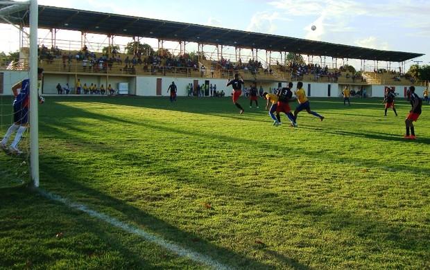 Semifinais da Copa dos Campeões da Lifaer acontecem neste domingo no estádio Ribeirão (Foto: Ribamar Rocha)