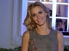 Carolina Dieckmann vai ao aniversário da filha de Renato Aragão