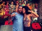 Ronaldo e namorada posam vestidos de hippies para festa à fantasia